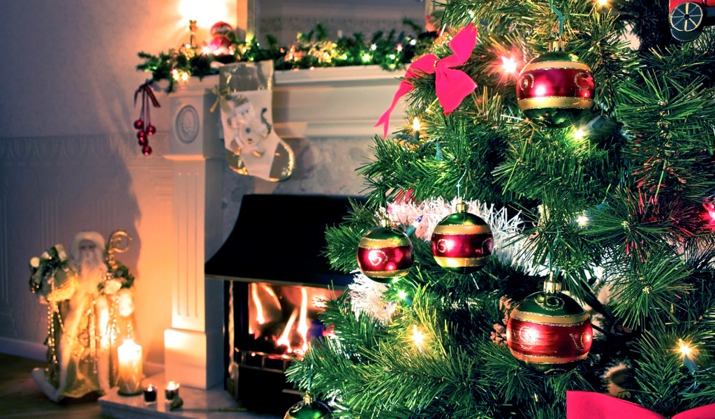 Best Christmas Decorations 1024x600 Wallpaper